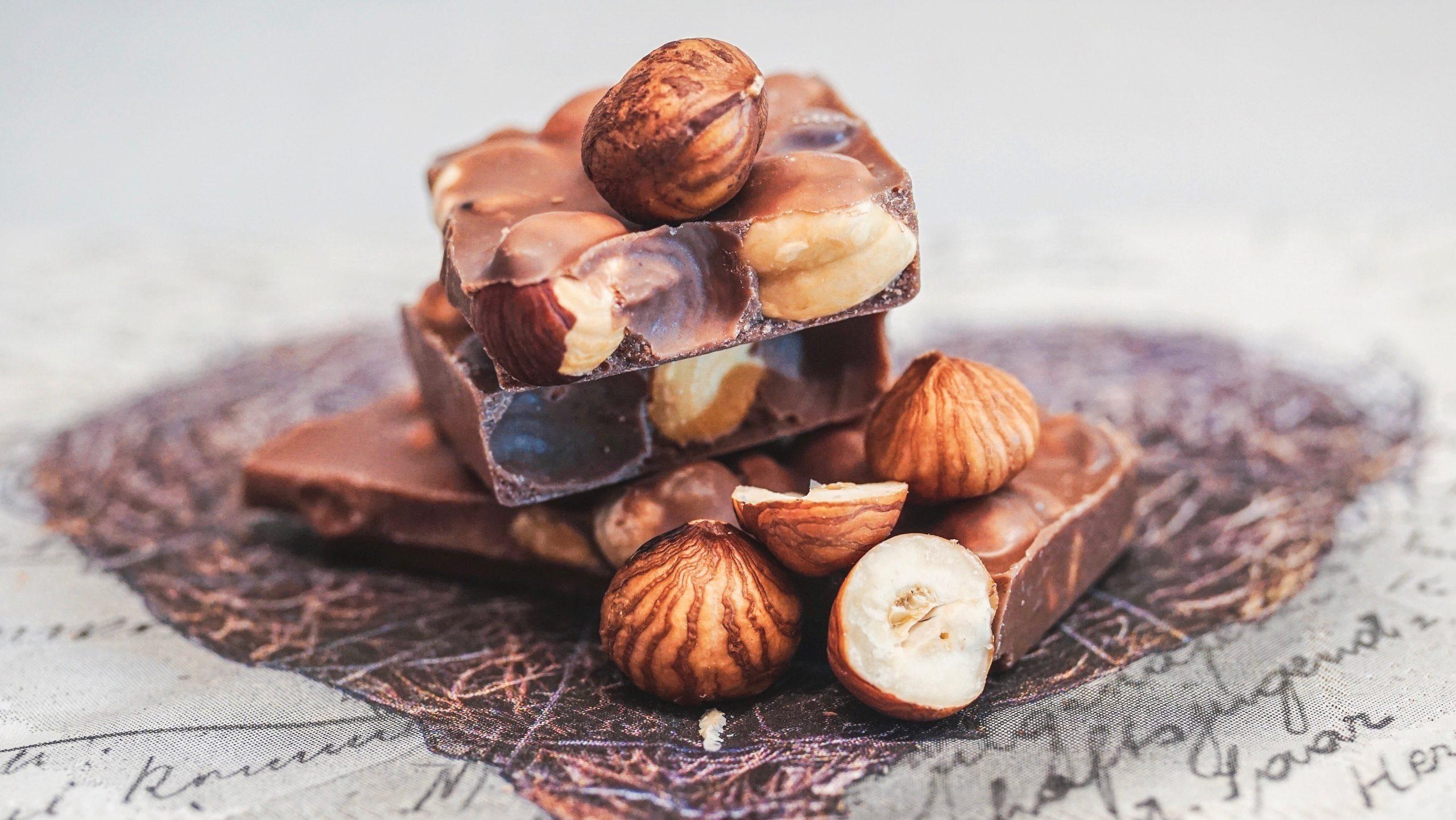 hasselpähkinä suklaa